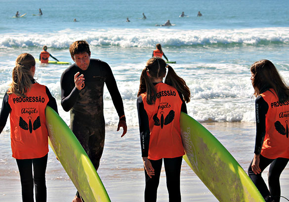 Aulas de Surf Regulares - Escola de Surf Angels Surf School (nível 2)